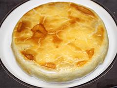 桂花陳酒風味の林檎のコンポートグラタン パイ包み焼き